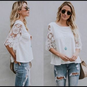 Tops - NWOT Floral 1/2 Sleeve Lace Top